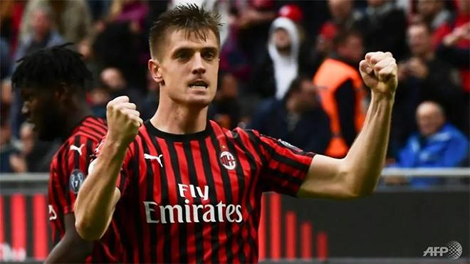 Cuộc đua Top 4 bóng đá Ý: Milan ngập tràn hy vọng, Inter không thể chủ quan