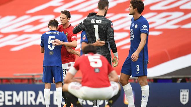 ĐIỂM NHẤN MU 1-3 Chelsea: Ole sai lầm, MU trả giá vì hàng thủ. Chelsea thắng xứng đáng