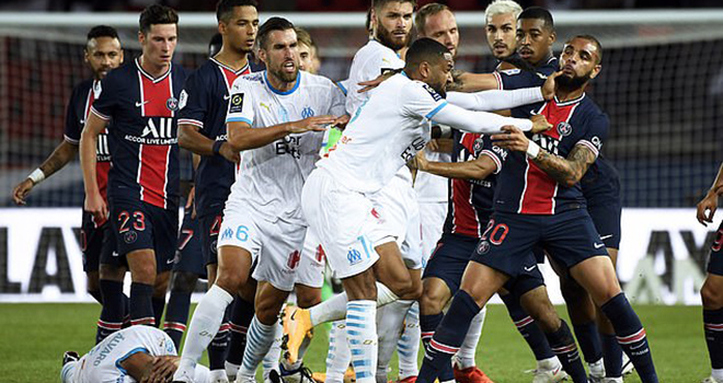 Neymar, PSG 0-1 Marseille, Neymar trở lại, Neymar đánh nguội, Trận cầu 5 thẻ đỏ, ket qua bong da, Neymar gây thất vọng, bong da, bong da hom nay, PSG, Marseille, Ligue 1