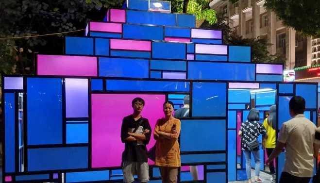Tác phẩm 'Tháp' bốc mùi xú uế, nhà điêu khắc Mai Thu Vân 'buồn vì công chúng'
