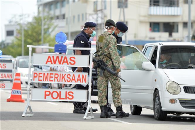 DịchCOVID-19: Malaysia điều động quân đội tham gia chống dịch