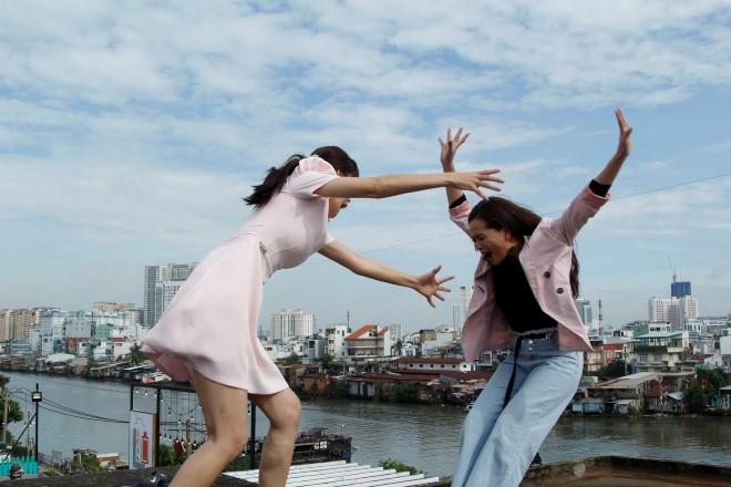 'Bánh mì ông Màu': Hóa ra cô gái nhảy lầu là vì nhân tình chạy theo vinh hoa phú quý