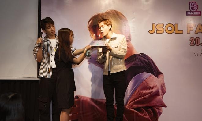 Jsol, Ca sĩ Jsol, Jsol là ai, Jsol han sara, Jsol tình yêu hoàn mỹ, jsol và bạn gái, jsol chiều cao, jsol sih năm bao nhiêu