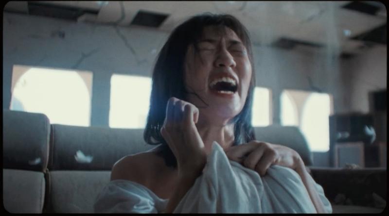 Chillies, Nhóm nhạc Chillies, MV Em đừng khóc, xem MV Em đừng khóc, xem MV Em dung khoc, nhóm nhạc Chillies là ai, Chillies, Trần Duy Khang, Chillies ca khúc, chillies nhóm nhạc