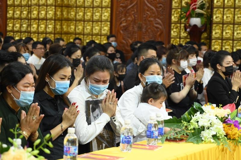 Vân Quang Long mất, Vân Quang Long mất qua đời, vợ Vân Quang Long, cha mẹ Vân Quang Long, vợ Vân Quang Long là ai, vợ đầu Vân Quang Long, Linh Lan, Linh Lan là ai, Linh Lan Vân Quang Long