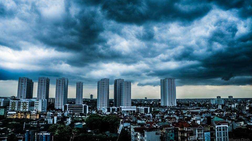 Dự báo thời tiết: Hà Nội và miền Bắc mưa dông rất to