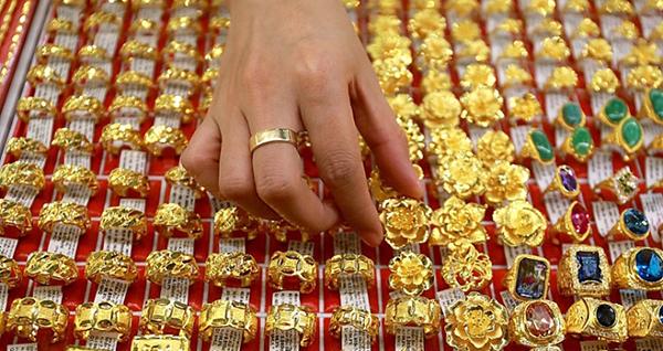 Giá vàng hôm nay liên tục cập nhật diễn biến mới nhất trên thị trường