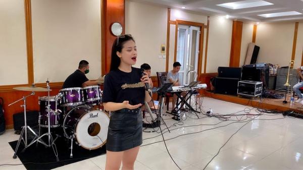 Hoà nhạc 'Giai điệu Tổ Quốc'- ca ngợi tình yêu đất nước từ những điều bình dị nhân dịp Quốc khánh