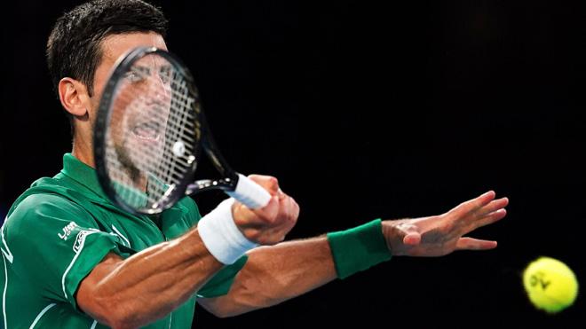 Hạ Federer thuyết phục, Djokovic vào Chung kết Úc mở rộng 2020