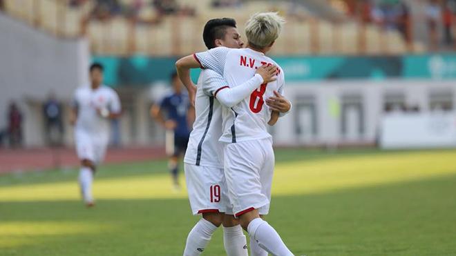 U23 Việt Nam 1-0 U23 Nhật Bản: Quang Hải tỏa sáng, U23 Việt Nam giành ngôi đầu bảng