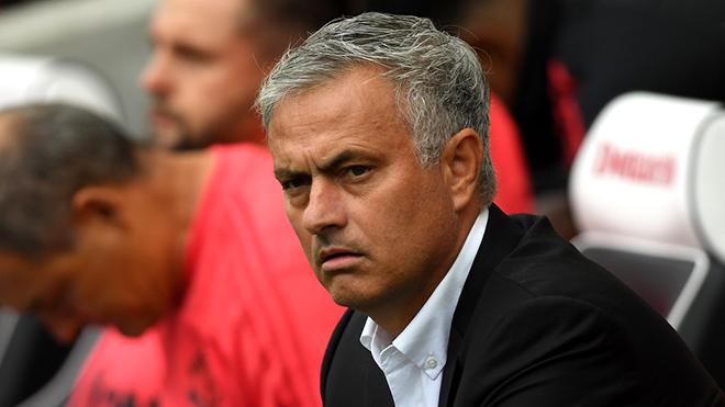 Mourinho: 'M.U xứng đáng thua. Tôi không muốn chỉ trích cá nhân nào cả'