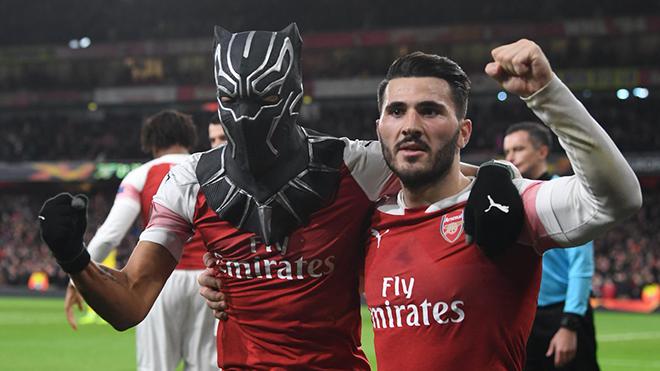 VIDEO Arsenal 3-0 Rennes(tổng 4-3): Aubameyang tỏa sáng, Arsenal lội ngược dòng vào tứ kết