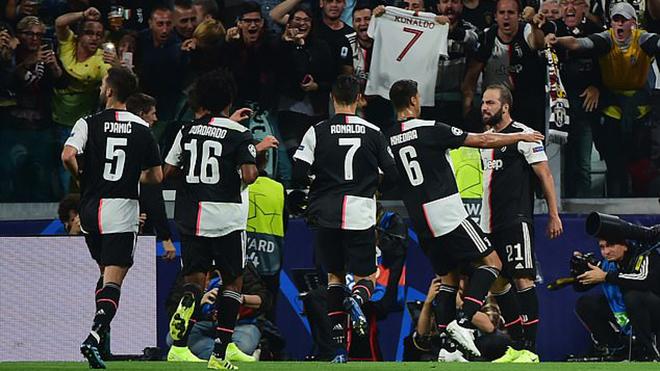 ket qua bong da hôm nay, kết quả bóng đá, kết quả Cúp C1, kết quả C1, truc tiep bong da hôm nay, trực tiếp bóng đá, Juventus 3-0 Leverkusen, Ronaldo, Ronaldo lập kỷ lục